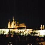Пражский Град ночью