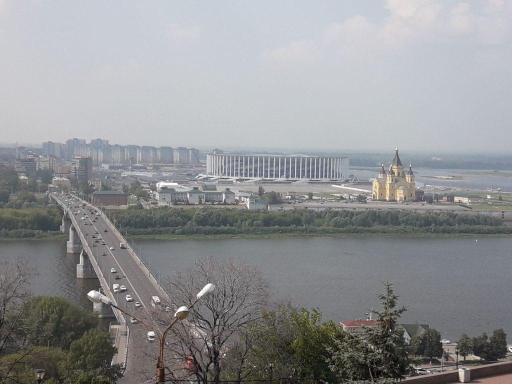Вид на Нижний Новгород из окна номера