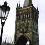 Башня, предваряющая мост через Влтаву