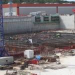 Готовится заливка второй бетонной плиты под токамак